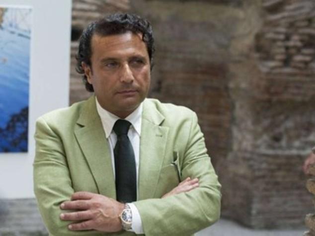 """Schettino: la difesa, """"il Rettore Mastronardi non lo invito' a lezione"""""""