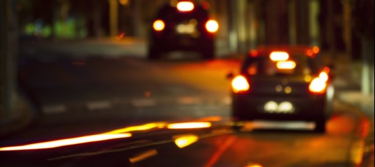 Auto pirata travolge 2 giovani a Viareggio, morto 21enne