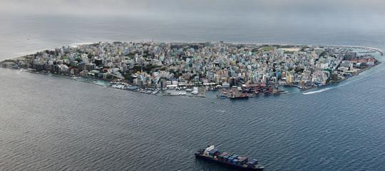 Perché le Maldive sono improvvisamente diventate pericolose