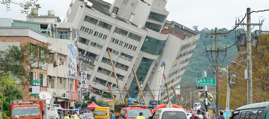 Taiwan, 4 morti e 140 dispersi nel terremoto a Hualien