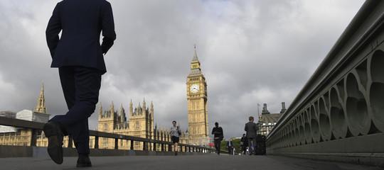 Una persona su cinque dice di aver subito molestie sessuali nel Parlamento inglese