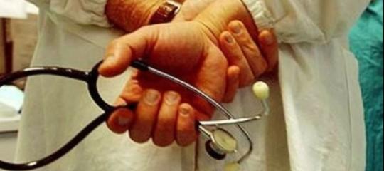 Allarme medici di famiglia: 14 milioni di italiani rischiano di rimanere senza