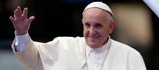 Papa Francesco esorta il personale delle Poste a non sbuffare (e gli utenti a non lamentarsi)