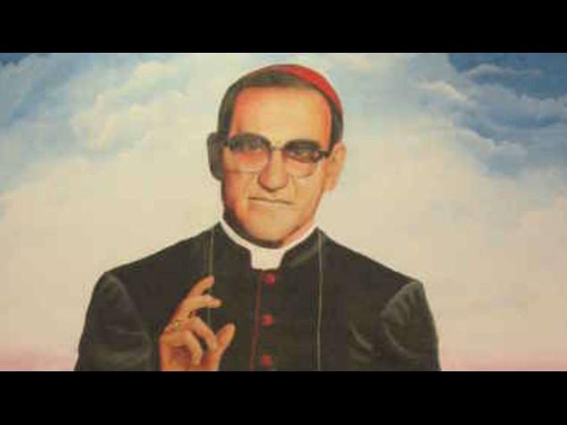 Papa: Romero, beatificazione il 23 maggio a San Salvador