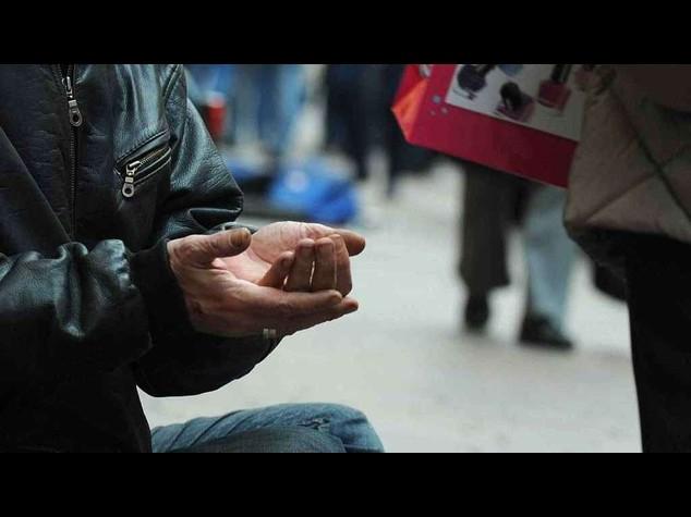 Allarme Caritas: poverta' assoluta per quasi 5 milioni di italiani