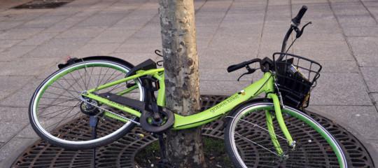 Il bike-sharing di GoBee.bike abbandona l'Italia per i troppi atti vandalici