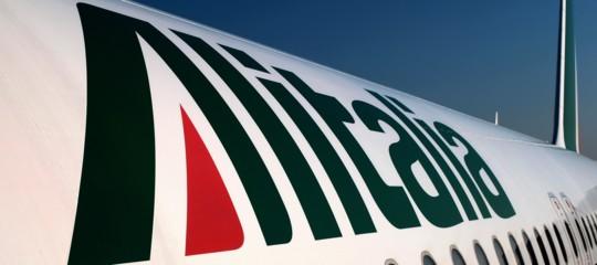Alitalia: Delrio, non ci sono ancora offerte all'altezza