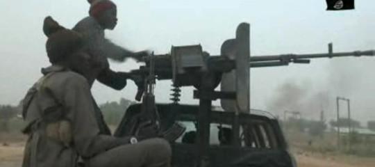 Nigeria: attentato kamikaze di Boko Haramal mercato,19 morti