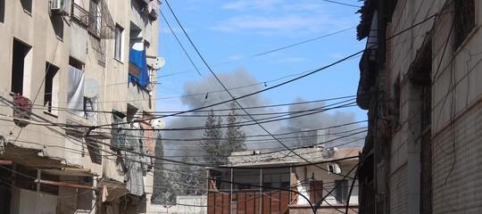 """Siria: bombardamenti su Goutha, """"77 morti tra cui 20 bambini"""""""