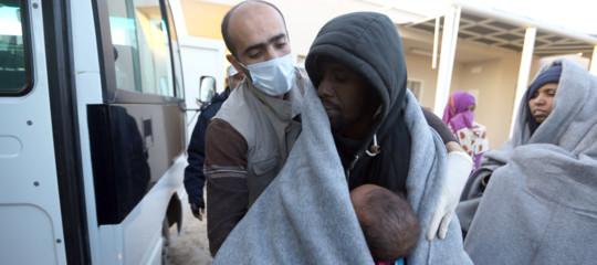 Migranti: 441 soccorsi da Guardia costiera libica in mare aperto