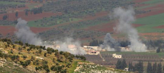 Siria: forze pro-Assad adAfrin, cacciaturchile bombardano