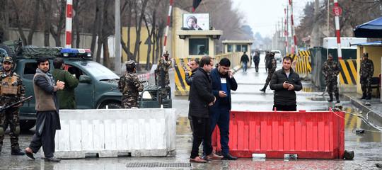 Afghanistan: kamikaze si fa esplodere a Kabul, almeno un morto