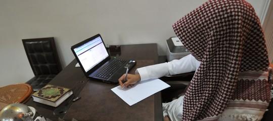 In Arabia Saudita il nuovo mercato delle schiave corre su Twitter