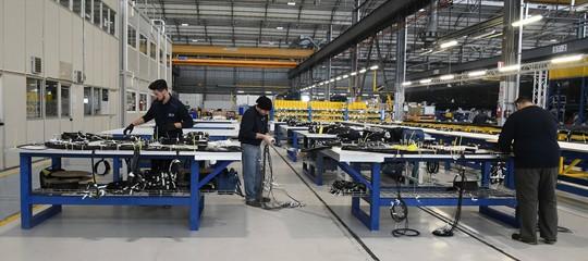 Lavoro: torna a crescere la disoccupazione(11,1%), record di donne al lavoro