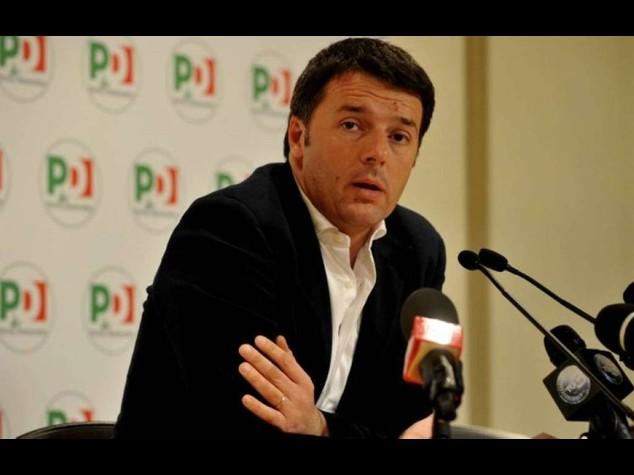"""Lavoro: resa dei conti nel Pd Renzi """"via i contratti precari"""""""