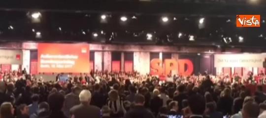 Germania: via libera alla GroKo, il66% della base Spd vota sì