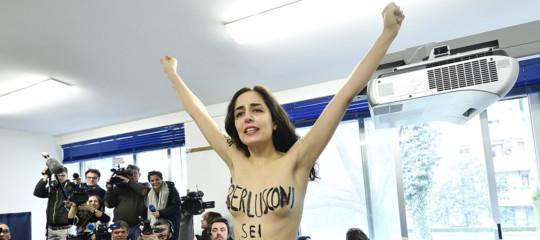 Le Femen spiegano perché se la prendono sempre con Berlusconi