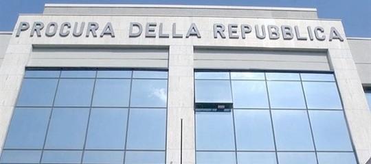 Elezioni: Procura di Roma apre indagine su presunti brogli all'estero