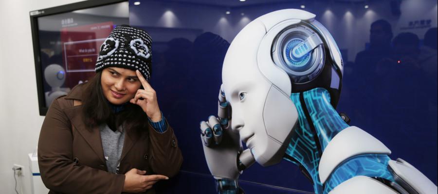Vi fareste curare da un medico robot? In Cina ha già un ambulatorio