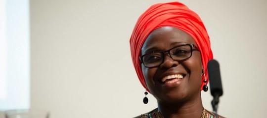 """Una scrittrice considerata """"troppo africana"""" ha vinto uno dei premi letterari più importanti"""