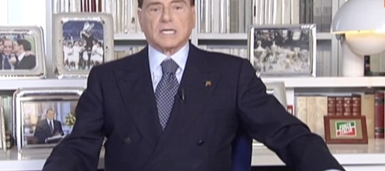 Berlusconi ha chiesto ai partiti di evitare nuove elezioni e di formare un governo