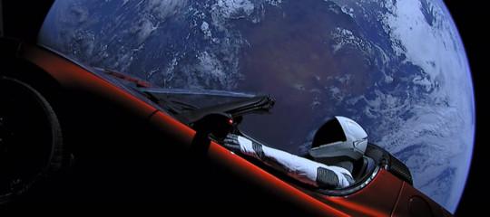 C'è un motivo per cuiElonMuskha tutta questa fretta di andare su Marte