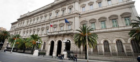 Bankitalia: record storico rischio povertà, al 23% come nell'89. Aumenta la disuguaglianza