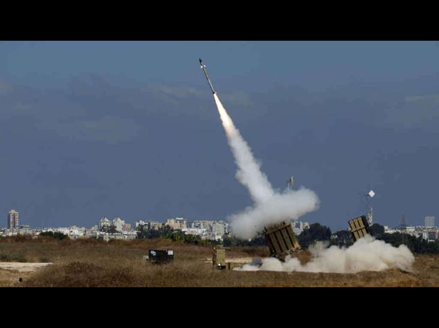 Hamas rockets rain down on Israel