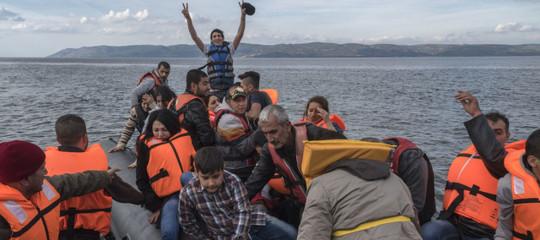 """Ong salva 117 migranti: """"Siamo stati inseguiti dai libici"""""""