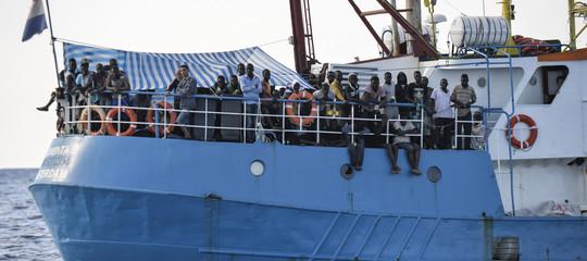 Sequestrata a Catania la nave della Ong ProActiva Open Arms