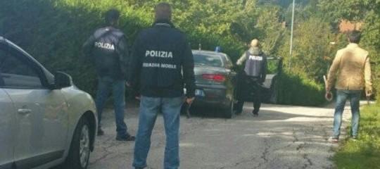 'Ndrangheta: diede fuoco a casa di romeni per buste di immondizia, arrestato