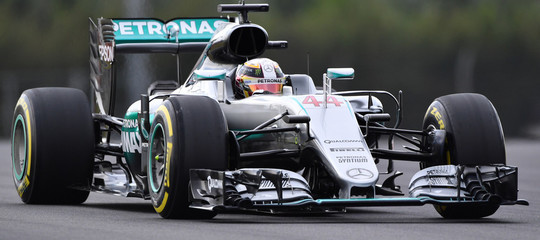 F1: GP d'Australia,: Lewis Hamilton (Mercedes) in pole