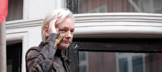 Come la pensa Assange sul Movimento 5 stelle