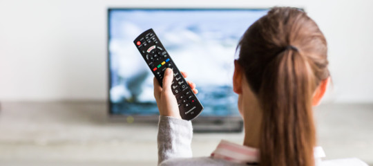 Tv: accordo tra Sky e Mediaset, pay tv su digitale terrestre