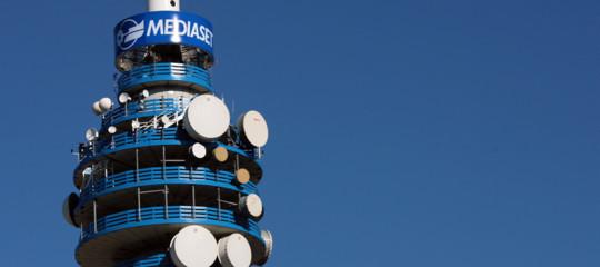 Cosa significa per i telespettatori la pace tra Mediaset e Sky