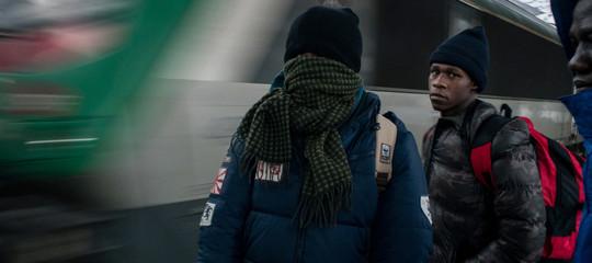 Migranti: blitz di agenti francesi armati a Bardonecchia, protestano Ong