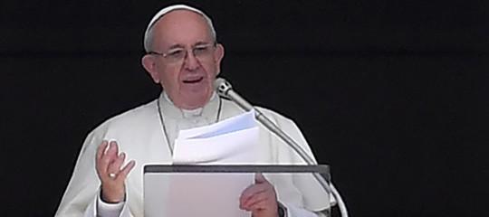 Papa: senza fraternità non c'è comunità civile