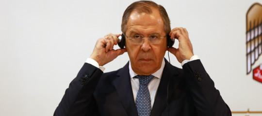 """Ex spia,Lavrov:""""Avvelenamento forse nell'interesse di Londra"""""""