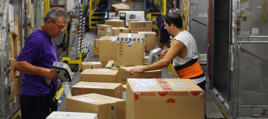 Il digitale el'e-commercestanno uccidendo l'ambiente. Uno studio
