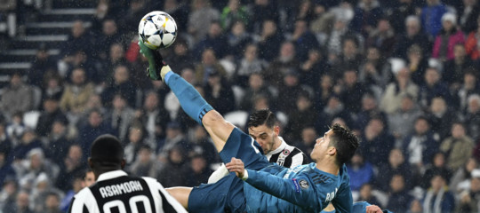 """Ma da quale pianeta arrivate?"". La stampa spagnola celebra il Real Madrid e CristianoRonaldo"