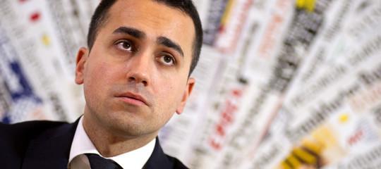 Cos'è il contratto per l'Italia che Di Maio chiede ai partiti (ma non quello del Cav)
