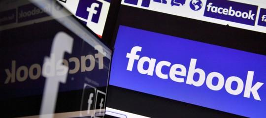 Facebook: Ue, inaccettabile uso dati; contatti sono in corso