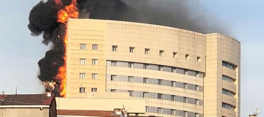 Turchia: incendio in un ospedale a Istanbul, pazienti evacuati