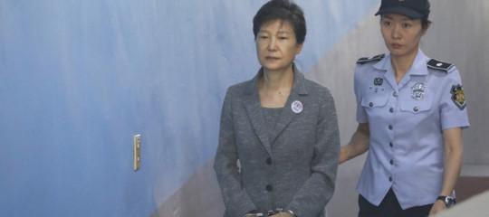 Corea del Sud: mazzettedai colossi dell'economia, 24 anni alla ex presidente ParkGeun-hye