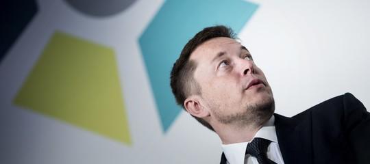 ElonMuskteme un 'dittatore immortale' nato dall'intelligenza artificiale