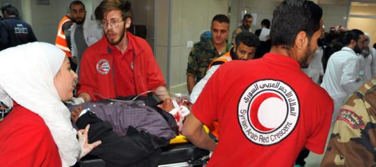 Siria: continuano bombardamenti su Duma, 40 morti da ieri