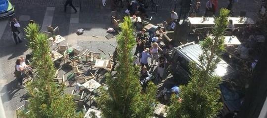 Germania: furgone sulla folla a Muenster, 3 morti e 30 feriti. L'attentatore si è suicidato