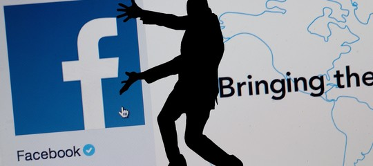 Facebook ha bloccato unastartup'italiana' per abuso nella gestione dei dati