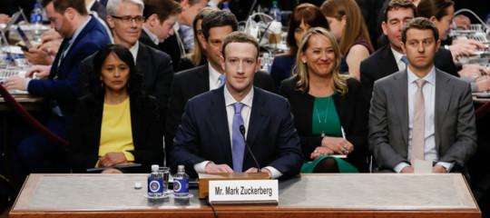 """Facebook,Zuckerberg:""""Corsa a armamenti"""" Usa-Russia sui dati"""