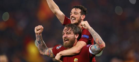 La Roma fa l'impresa, elimina il Barcellona di Messi e ora prova a restare lucida